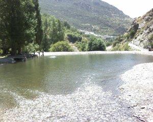 Poza en el rio de Pampaneira