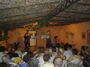 """Teatro """"El Gallinero"""": Duo Codice (flauta y violín)"""
