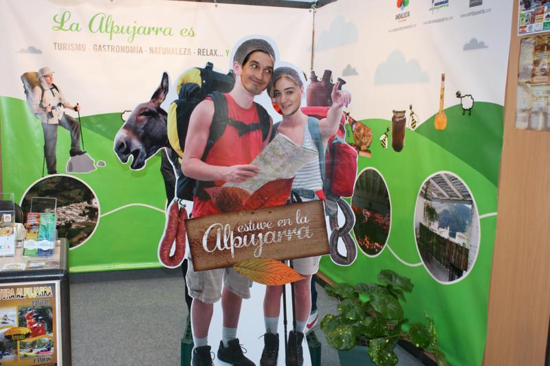 Nuestra silueta lo más divertido de la feria Hecho en la Alpujarra 2011